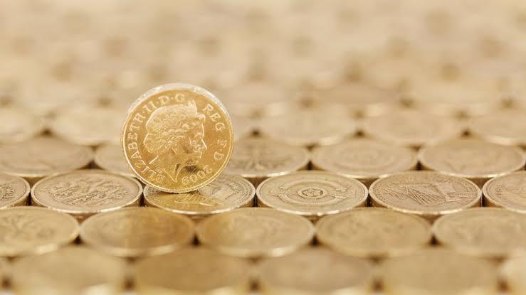 A diferença entre moeda fiduciária e criptomoeda